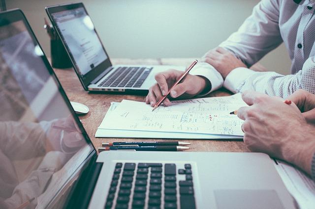 Existe-il des sources de financement non bancaires pour financer les biens et équipements professionnels?